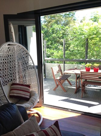 Butter Factory Apartments: W/H #8 Hanging out in the pod-chair
