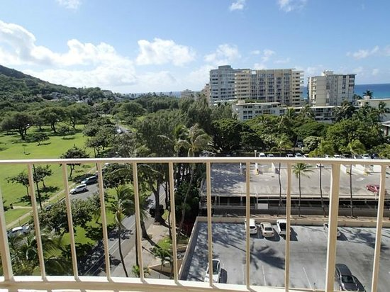 Lotus Honolulu at Diamond Head: View from 1024 Ocean View Room