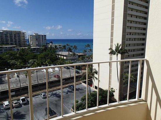 Lotus Honolulu at Diamond Head: View from 1024 Ocean View Room