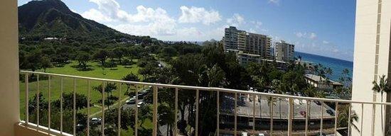 Lotus Honolulu at Diamond Head : View from 1024 Ocean View Room