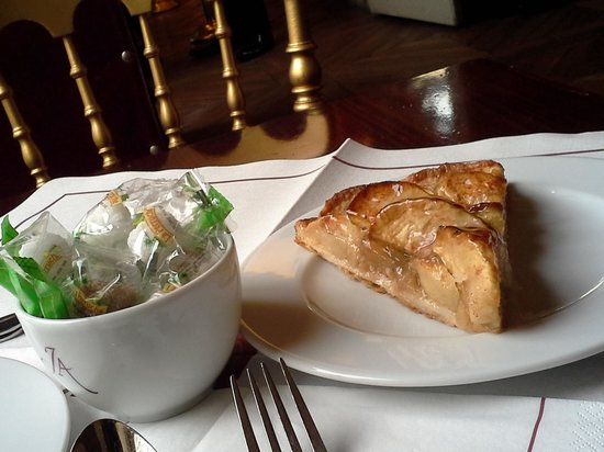 Le Cafe Jacquemart-Andre: tartare pomme cannelle