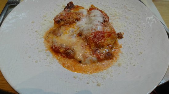 Obica Mozzarella Bar - Beverly Center: Lasagna Artesanal (Deliciosa)