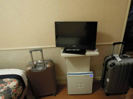 Dotonbori Hotel : 房間電視