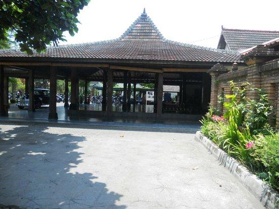 pendopo picture of tembi rumah budaya yogyakarta