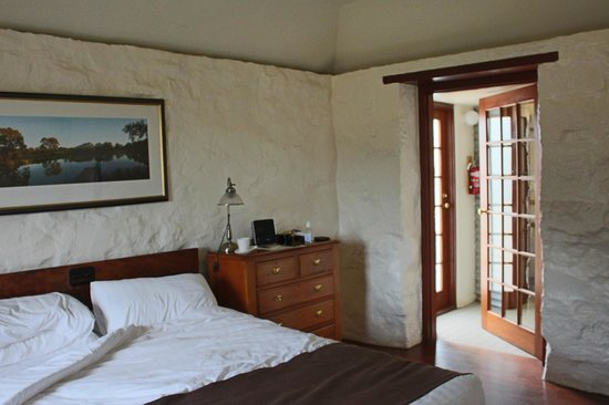 Royal Mail Hotel: Inside The One Bedroom Cottage