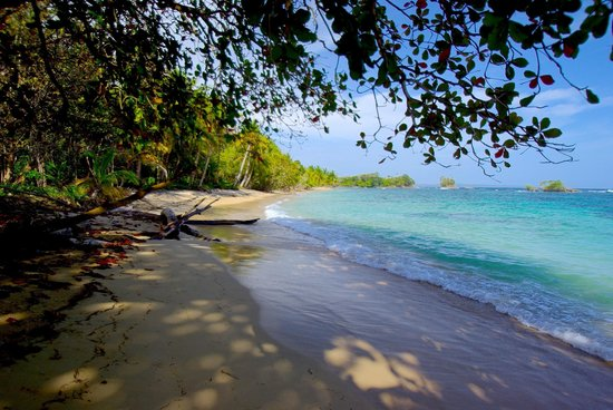 Red Frog Beach Island Resort & Spa: One of several beaches at Red Frog