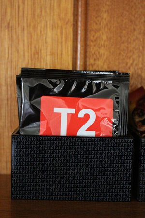 Royal Mail Hotel: A good selection of T2 tea
