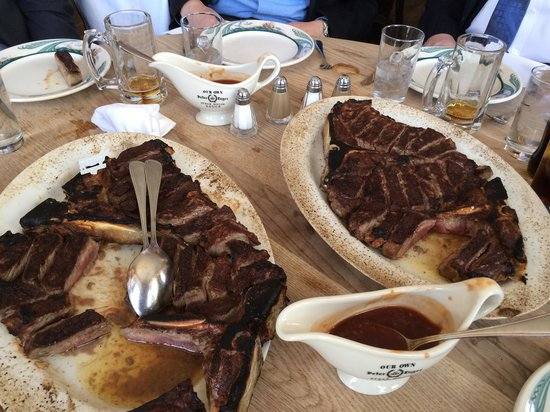 Peter Luger Steak House : Now this is a steak