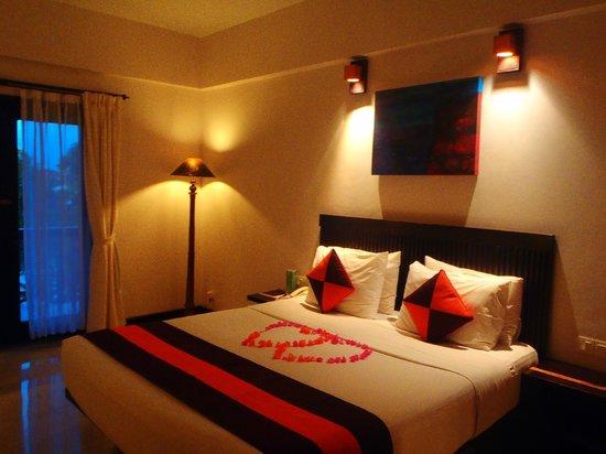 The Lokha Legian: Our romantic room
