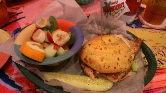 Frenchy's Rockaway Grill : Super Grouper w/ fresh fruit