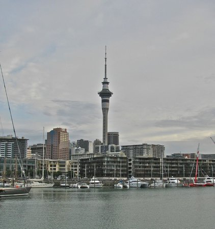 Copthorne Hotel Auckland HarbourCity : The needle and city skyline from the water
