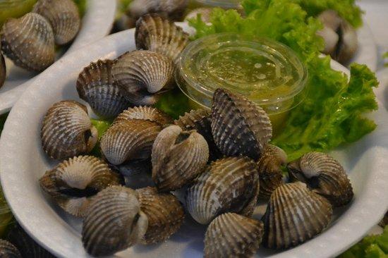 Naka Market: едят сырыми?