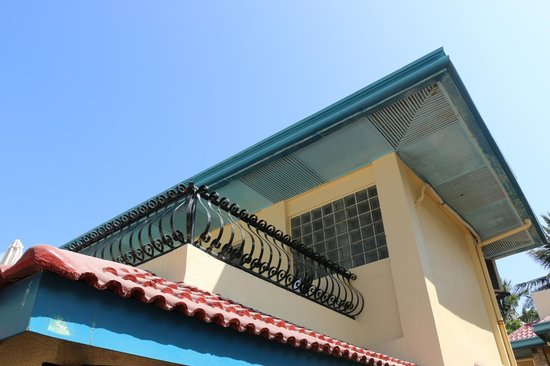 Crystal Sand Beach Resorts: room 205