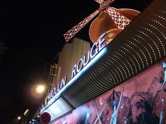 Moulin Rouge: Letreiro