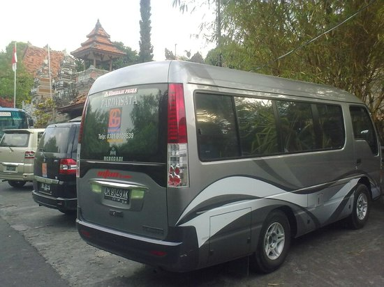 our coach minibus isuzu elf and suzuki apv picture of bali go beyond tours day tours. Black Bedroom Furniture Sets. Home Design Ideas