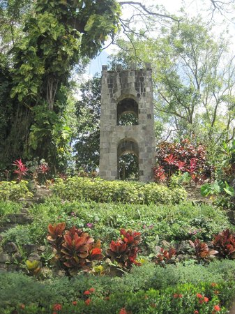 Island Paradise Tours: Romney Manor Bell tower