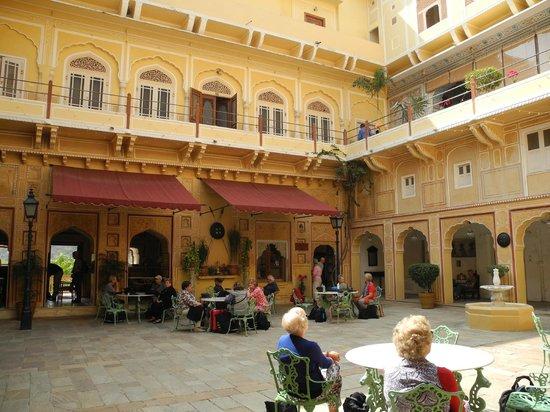 Samode Palace : internal courtyard