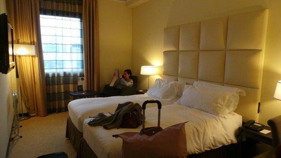 Cosmopolitan Concept Hotel: Room