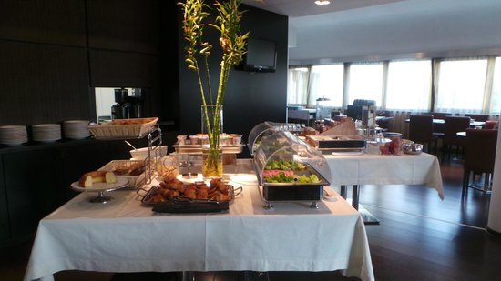 Cosmopolitan Concept Hotel: Dining