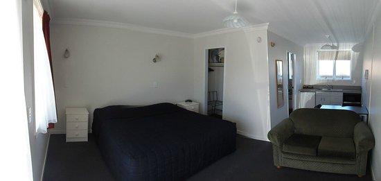 Kings Court Motel : Standard Studio