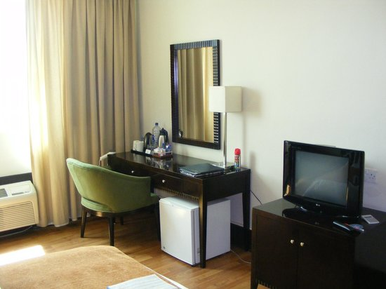 Protea Hotel By Marriott Lusaka: Room With A Dressing Table.