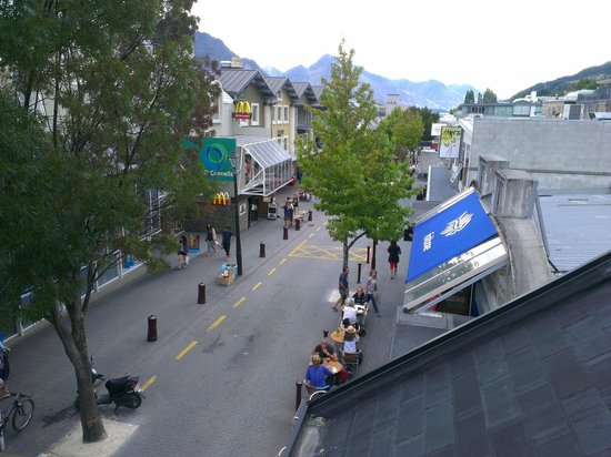 Adventure Queenstown Hostel: View from balcony