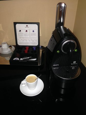 Le Meridien Munich: Espresso machine