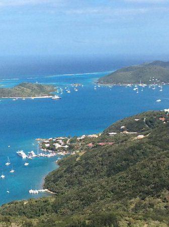 Hog Heaven: That tiny little rock in the channel is SABA Rock (restaurant and resort)  (-;