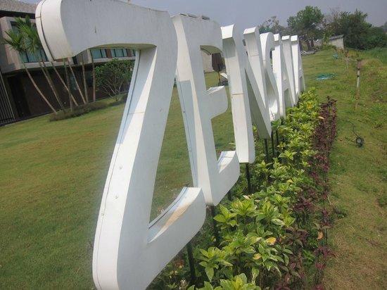 Zensala Riverpark Resort : facing ping river