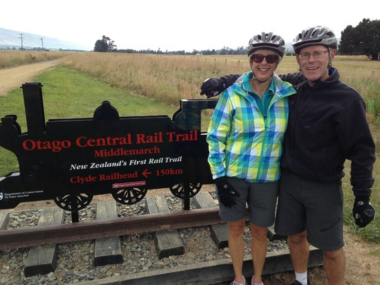 Otago Central Rail Trail: We made it! - Middlemarch. Sad to finish though.