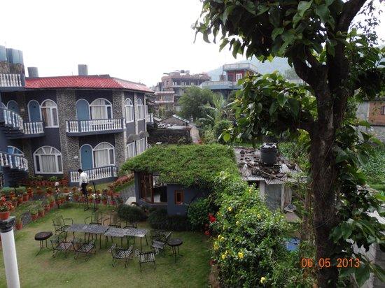 Hotel Kantipur Pokhara: Ресепшен