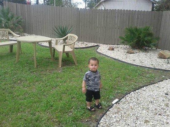 Motel 6 Livingston TX : Nice Family Play Area