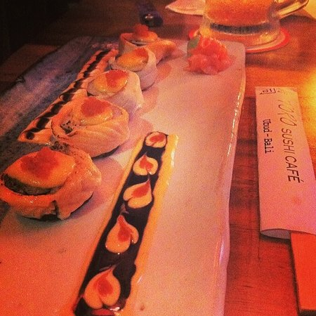 TORO Sushi: voodoo roll