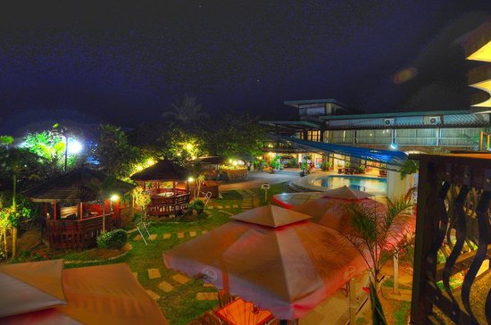 Bagasbas Lighthouse Hotel Resort: Landscape. ;) Taken from the 2nd floor of Roberto's Sports Bar. Photo by our friend Chad Morelos