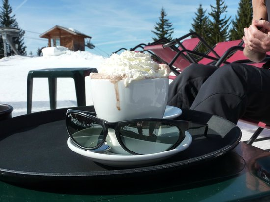 Le Vaffieu : Hot Chocolate with Rum and Chantilly, 5 euros