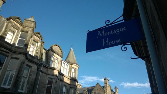 Montague Guest House: Vor dem Guest House...