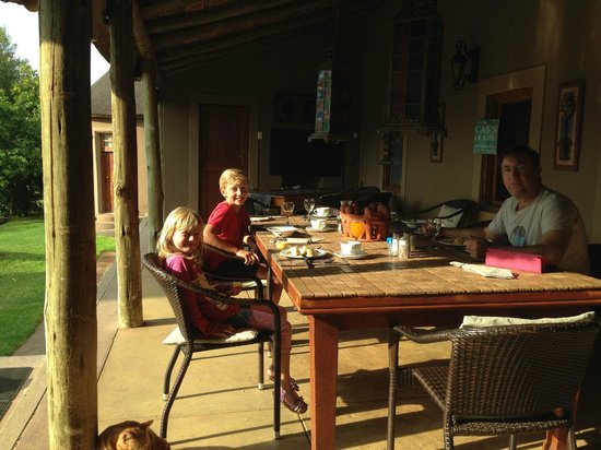 Thabile Lodge: Breakfast Time