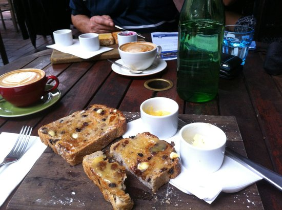 The Gunshop Cafe: Toast and coffee for breakfast