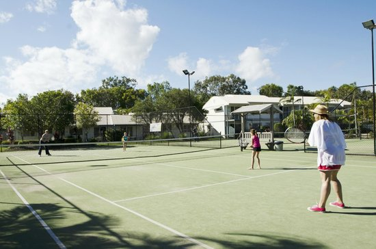 Ivory Palms Resort Noosa: Tennis Courts