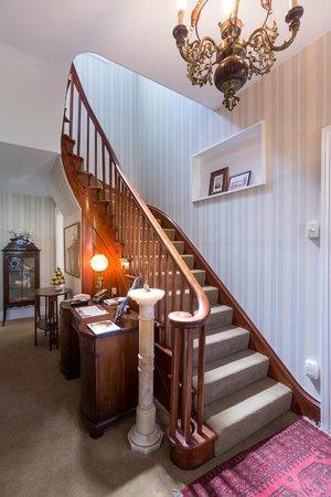 Banks House Akaroa : Staircase/Reception