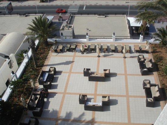 Royal Mirage Agadir Hotel : salon extérieur vu du balcon