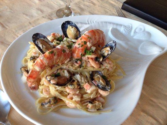 DaVinci's Restaurant: Seafood pasta !