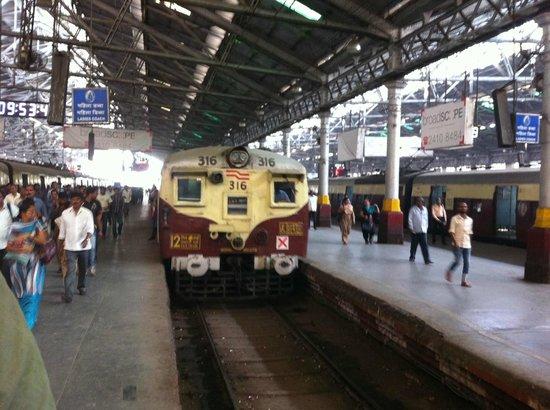 Chhatrapati Shivaji Terminus : ANDÉN