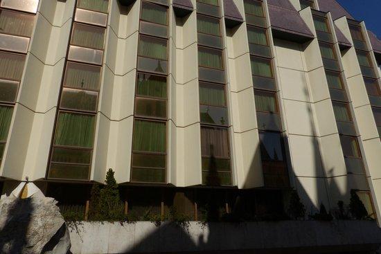 Hilton Budapest: Hilton outside