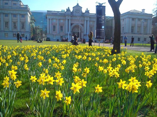 Old Royal Naval College: The first day of spring!