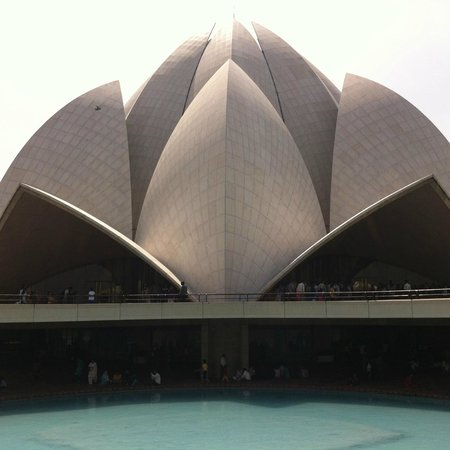 Lotus Temple Prayer Hall Is A Place Of Unbelievable Peace Reviews