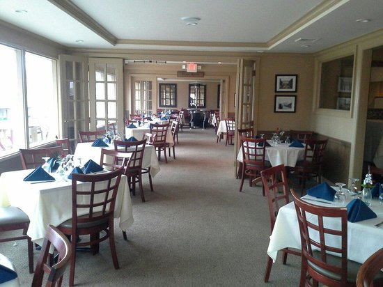 The View Grill : Dining room