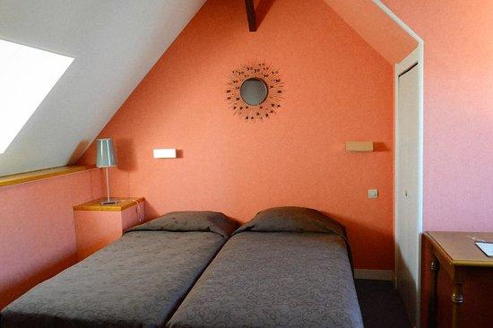 Hôtel Le Vauban : Chambre double mansardée