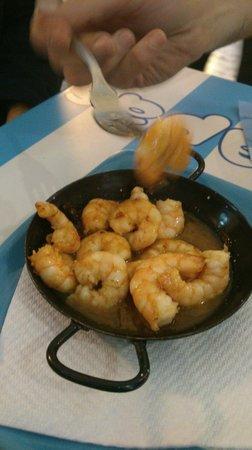 Petit Palace Plaza Mayor: Tragatapas - best shrimps
