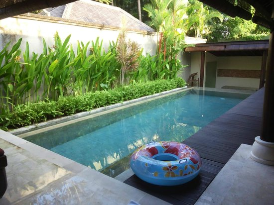 Villa Air Bali Boutique Resort & Spa: ダイニングからプール